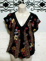 Hollister Top Size M Multi Colored Floral Short Sleeve Blouse