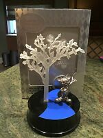 D23 2011 Limited Edition DIsney Store Silver Mickey Mouse Statue