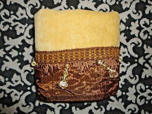 CHAPEL HILL CRINKLED SATIN CAMEL BEADED VELOUR (1) HAND TOWEL 15 X 25