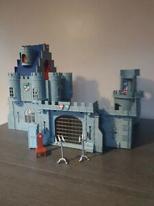 Robin Hood Disney Famosa Castle Playset With some Furniture Spares Ultra Rare!