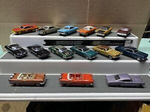 1/64 Johnny Lightening 15 Car Lot Muscle Cars.