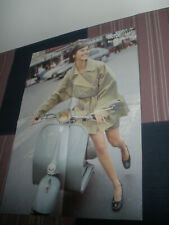 altes Poster Vespa  Roaring Sixties  aus Zeitschrift Motorroller