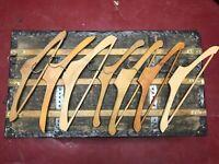 7 Anciens cintres en bois - French Vintage wooden coat hangers - 7 pièces