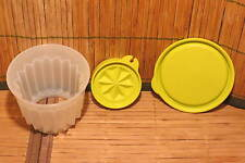 Tupperware Jel-ette Gelatin Mold for Jello / Pudding, Green