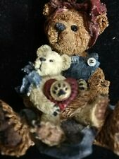 """Boyds Bears Bearstone Resin """"Momma McBear with Caledonia…Quiet Time�"""