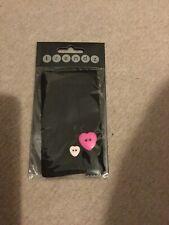 Trendz Universal Smartphone Sock iPhone 5/5S/SE, iPods & MP3 Black Heart Buttons
