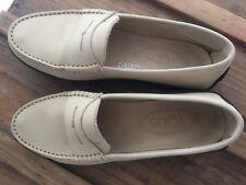 chaussures  mocassins en cuir Tods femme écru taille 35 excellent état