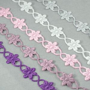 VINTAGE satin chain of Daisy Daisies lace Cutout ribbon trim BRIDAL