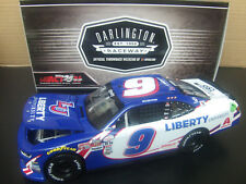 Autographed William Byron 2017 Liberty Unv. Darlington Ricky H.Trib 1/24 NASCAR