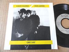 """DISQUE 45T DE VINCE CLARKE/PAUL QUINN  """" ONE DAY """""""