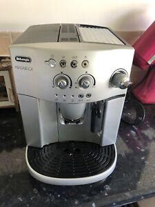 Delonghi Magnifica ESAM 4200 Bean to Cup Coffee Machine - Silver