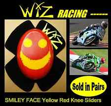 WIZ KNEE SLIDERS SMILEY FACE YELL-RED