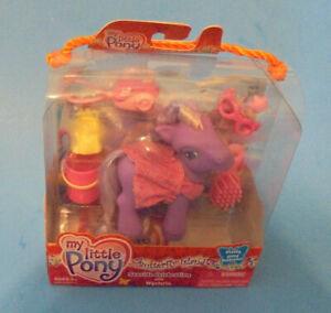 My Little Pony g3 Wysteria & accessories  Seaside Celebration  Butterfly Island