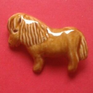 1970s Plaster New Forest Pony Brooch - Costume