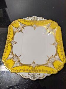 Super rare  Shelley Queen Anne Cake Plate 11541/31