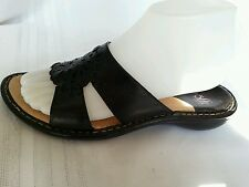 SOFFT women's sandals slides size 8M black leather. Great condition