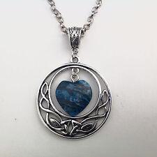 bijoux pendentif entrelacs celtiques et coeur en pierre naturelle agate