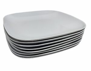 CRATE & BARREL Set Of 8 Classic White Square Coupe Dinner Plastic Plates Outdoor