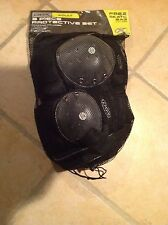 Brand New DBX Adult (Medium Size) 3 Pieces Skating Protective Set With Free Bag