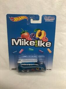 HOT WHEELS CAR CULTURE JUST BORN MIKE AND IKE 85 CHEVY ASTRO VAN REAL RIDERS