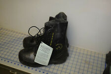 mickey mouse boots size 9R bata