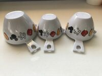 Set Disney Mickey Mouse 3 Piece Plastic Measuring Cups