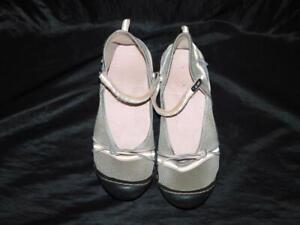 Jambu JSport Size 10 M Gray Misty Mary Jane Flats Walking Shoes Quick Dry Mesh