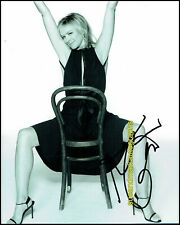 Kim Cattrall Sex and the City Mannequin Sexy Candid Autograph UACC RD 96
