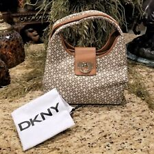 New DKNY HERITAGE Signature Leather Trim Triple Compartment Hobo Bag Purse