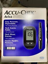 AccuChek Aviva Medidor de glucemia y dispositivo de punción