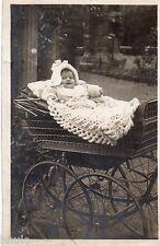 BM081 Carte Photo vintage card RPPC Enfant bébé landau poussette