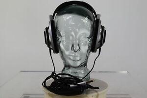Sennheiser HD-800 Headphones, very good condition, original box 3 month warranty