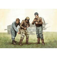 PILOTS OF LUFTWAFFE, WW II ERA. KIT 1 1/32 MASTER BOX 3202