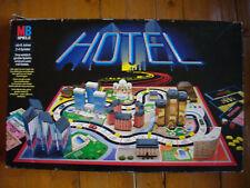 Spiel - HOTEL / HOTELS) von MB [alte schwarze Ausgabe]