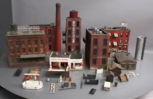 HO Scale Assorted Custom Assembled Building Kits [6+]
