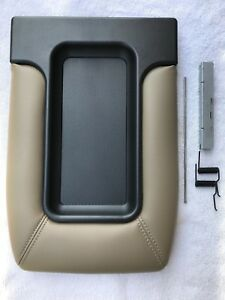 COMPLETE TOP ASSEMBLY CENTER CONSOLE LID TAN BEIGE CHEVROLET GMC 99 00 01 02