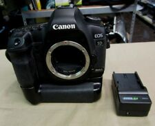 Canon EOS 5D Mark II Body Only DS126201 w-2 Batteries & Charger ZE-CBG5DII 21.1