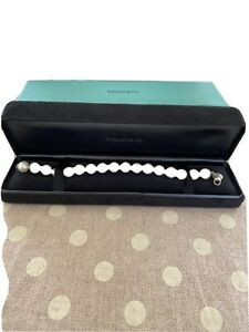 """Tiffany & Co 5mm Pearl bracelet Silver Clasp Size 7""""With Box Only Worn Once"""