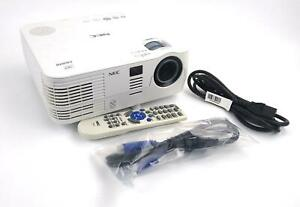 NEC NP-VE281 DLP 3D Ready Projector 2800 Lumens VGA HDMI 2919 Lamp Hrs WORKING