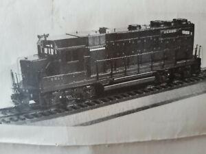O scale brass EMD GP35 Central Locomotive Works building kit