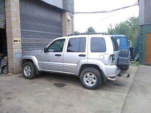 Jeep Cherokee kj 02-07 passenger near side front seatbelt silver car breaking