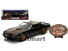 Jada 1:24 Hollywood Rides 1977 Pontiac Firebird & Replica Buckle Smokey Bandit