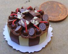 1:12 Scale Cake With Chocolate Icing Tumdee Dolls House Miniature Shop NC71