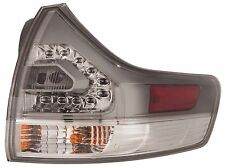 TOYOTA SIENNA SE 2011-2015 RIGHT PASSENGER TAILLIGHT OUTER TAIL LIGHT REAR LAMP