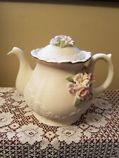 Music Box Beautifuly Detailed Tea Coffee Pot with Lid Ceramic Flowers Lace Ivory