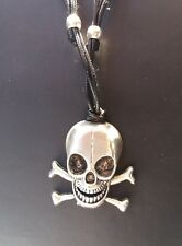 Collar Gótico Calavera Colgante de acero craneo skull rock punk pirata huesos