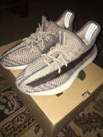 Yeezy Boost 350 V2 Zyon (excellent condition) comes with original box