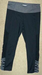 Women's Size Small Betsey Johnson Performance Black Gray Crop Workout Leggings