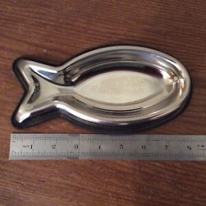 Stainless Steel Non Slip Cat Dish ~ Fish Shaped.