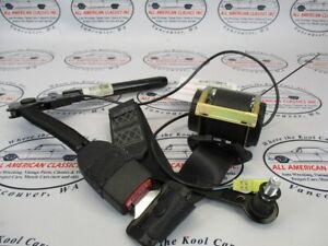 Pontiac GTO Left LH Seat Belt Retractor & Tensioner Receiver 2004 2005 2006 OEM